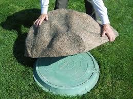 Декоративная крышка на люк, имитация настоящего булыжника,декоративные камни-валуны,камни-кашпо,мини-водоёмы, фонтаны.