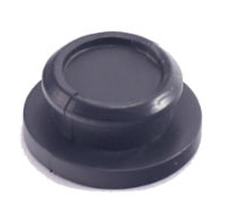 КП-65С Заглушка резиновая для отверстий под стартеры.
